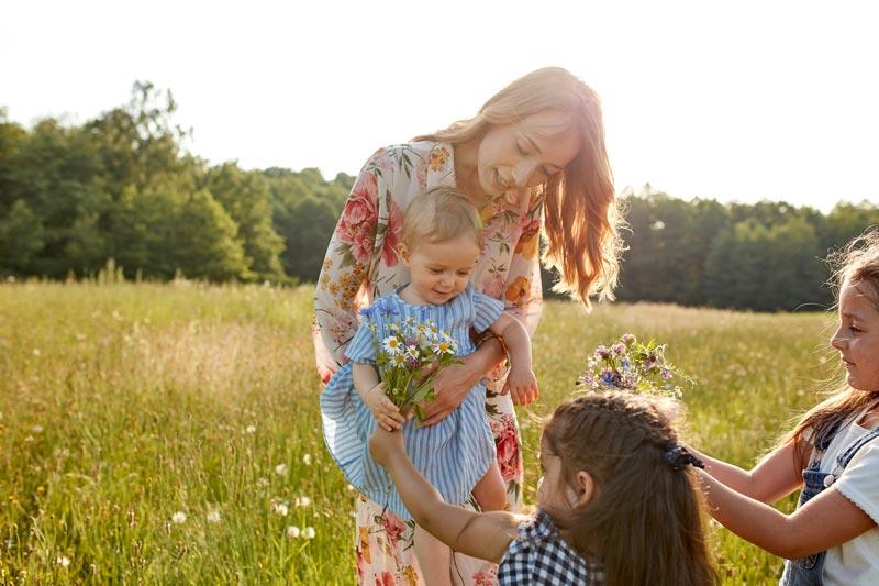 HiPP lastenruat - Kaikki mitä kehittyvä lapsesi tarvitsee luonnosta ja luomuna.
